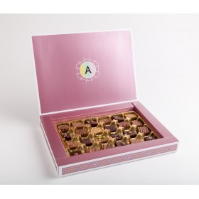 24 assorted Pralines in a paper box - 350gr